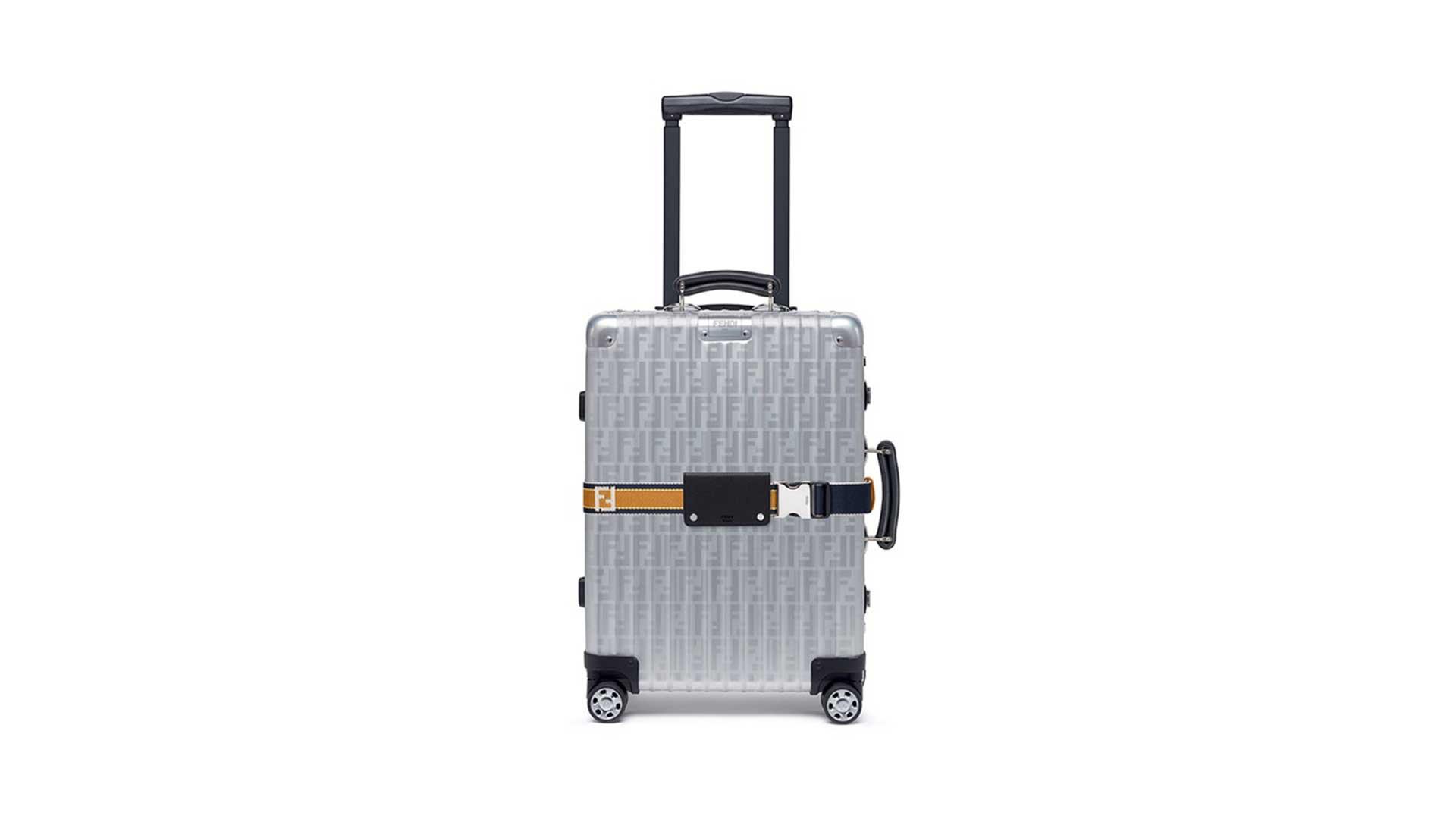 چمدان فندی