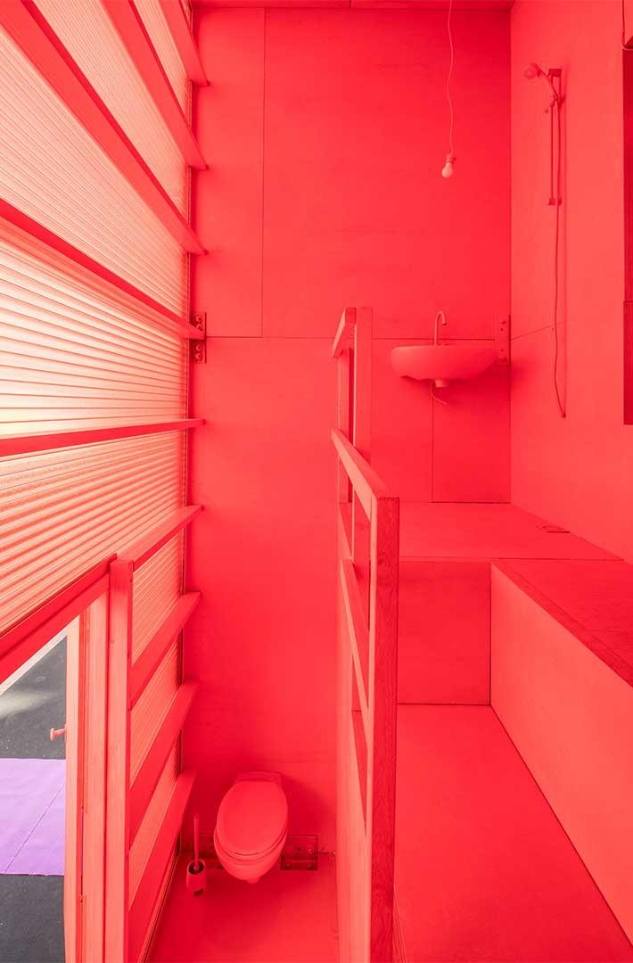 هتلی رنگارگ از آینده