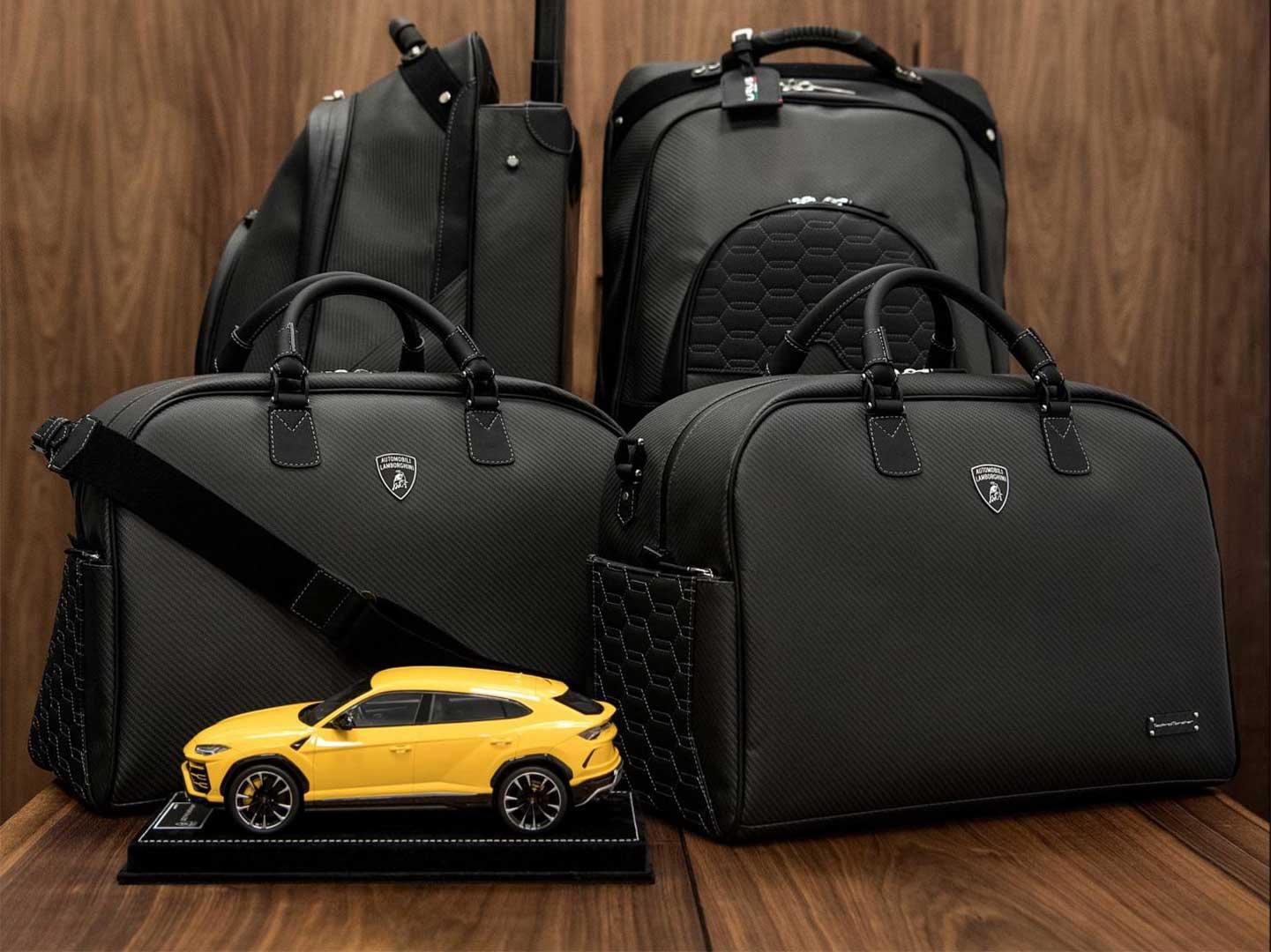 کفش - رنگ - چمدان