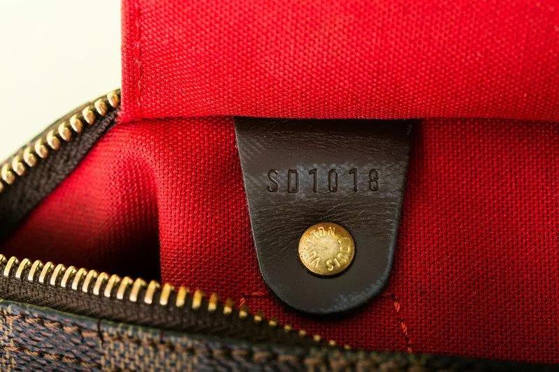 تشخیص کیف فیک از کیف اصلی