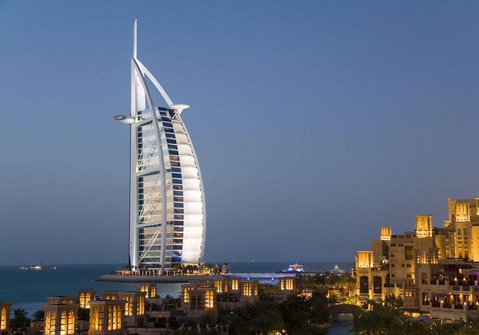 هتل لاکچری Burj Al Arab Hotel