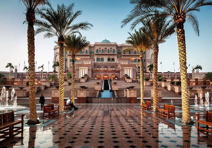 هتل لوکس emirates-palace-luxurious-hotel