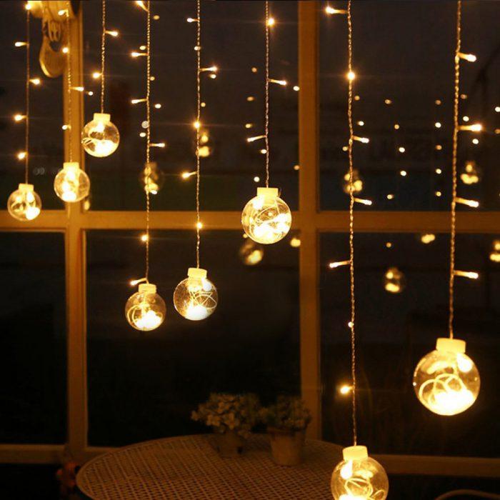 لامپ تزئین خانه برای کریسمس