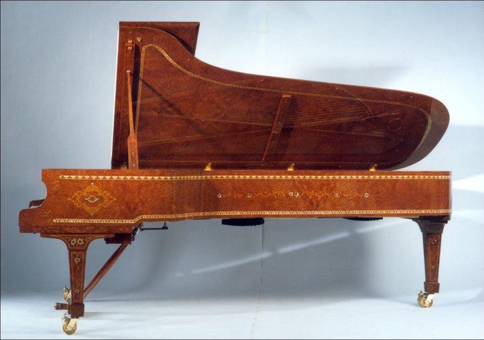 گرانترین پیانو های جهان