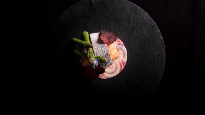 غذای دریایی رستوران تاریک